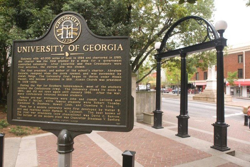 """""""We're all just asking, 'Why?'"""" Students react to rape of fellow UGA student"""